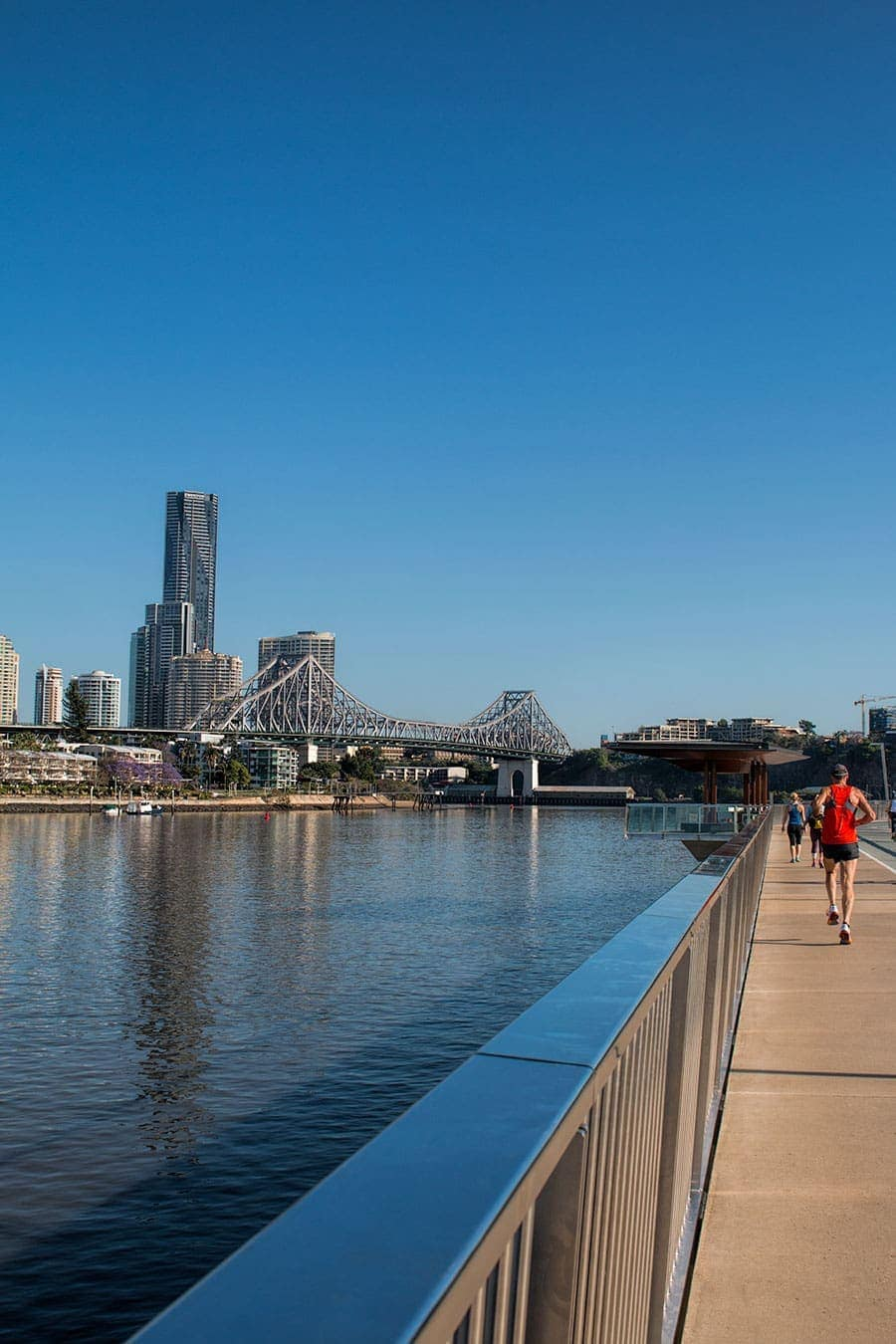 Brisbane city has the perfect climate and river front setting to support casual and relaxed vibe. Enjoy your time exploring Brisbane and get out and active on the city to New Farm river walk.