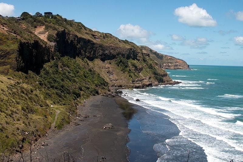 Muriwai Beach | 2 Aussie Travellers