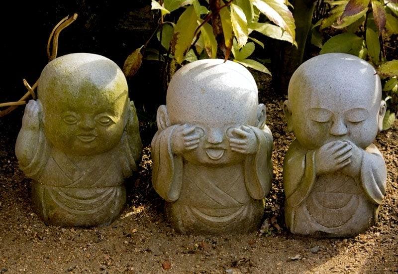 Kawaii monk statues at Daisho-in