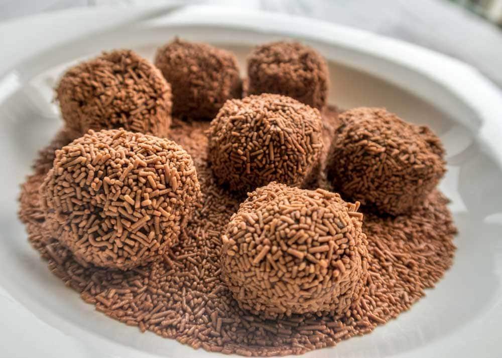 Coating the chocolate truffle balls