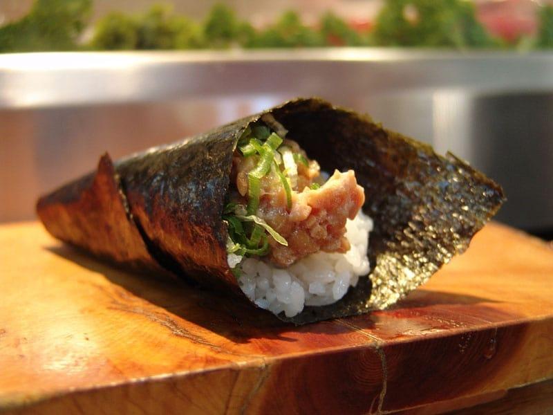 Tamaki-sushi-by-Takaokun