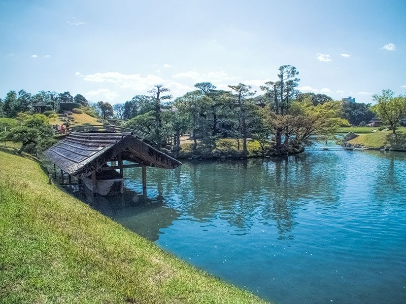 Sawa-no-ike Pond at Korakuen