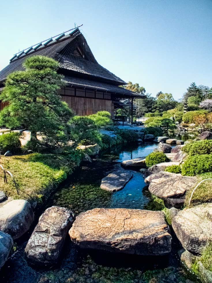 Take a look at some of Japans top gardens - Korakuen in Okayama
