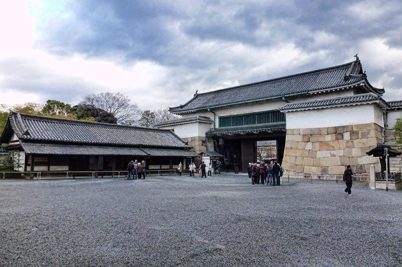 Niji Castle in Kyoto - Ninomaru Higashi otemon gate