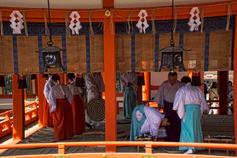 Preparations for the Kenka-sai ceremony at Fushimi Inari Shrine