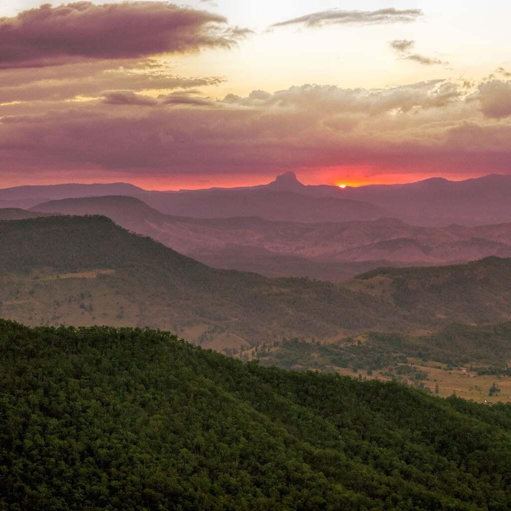 Sunset with O'Reillys Rainforest Retreat at Moonlight Crag