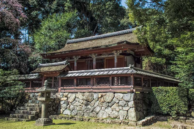 A tutelory shrine at Daigoji temple