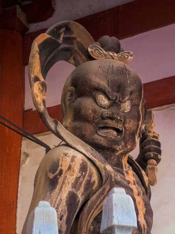Guardian statue (Agyo) at Daigoji Temple
