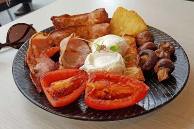 Base big breakfast
