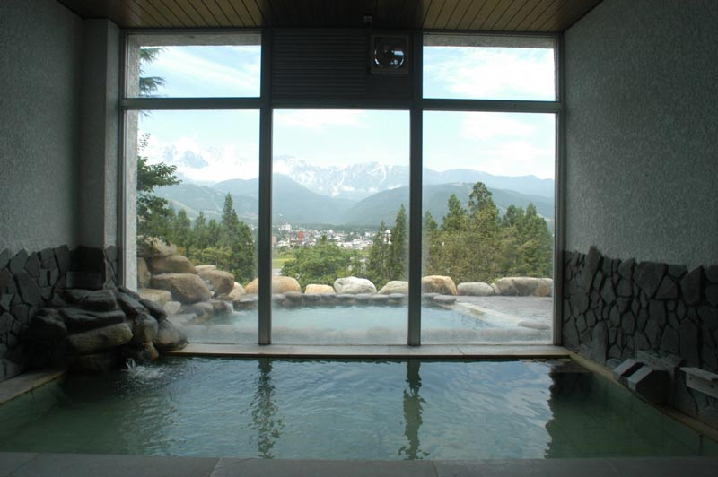 Indoor / outdoor onsen in Japan