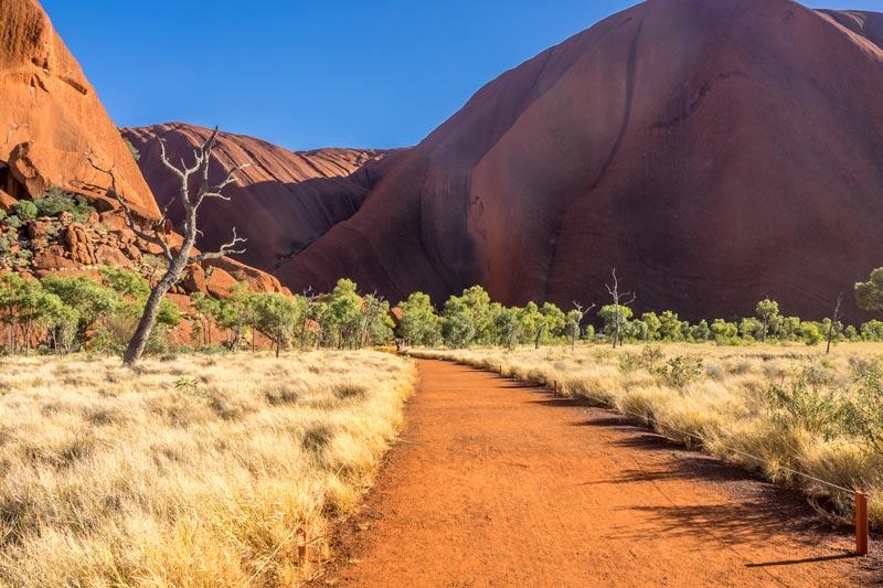 Uluru base walk track