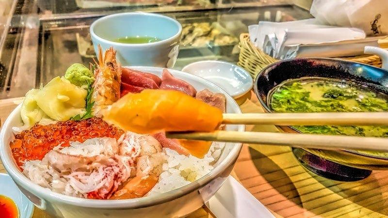 Sushi bowls at Tsukiji Outer Market
