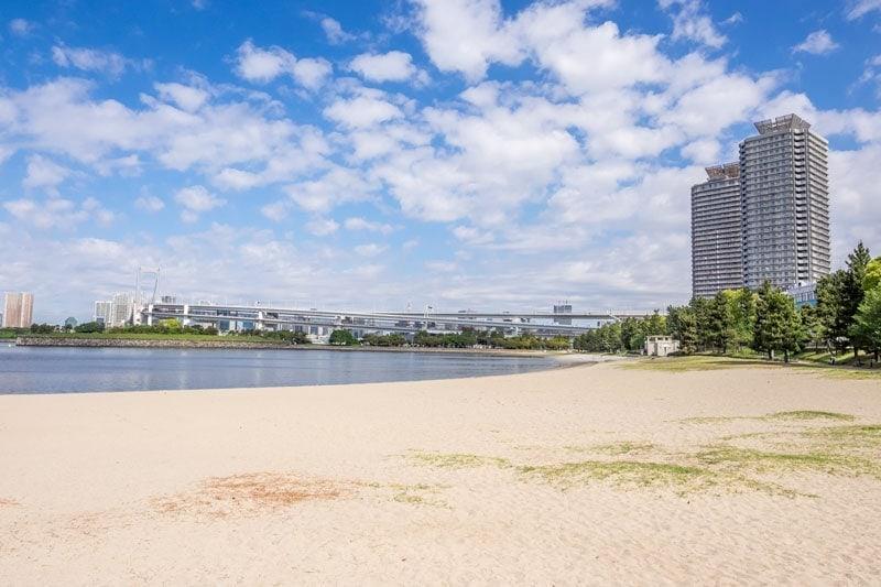 Odaiba beach