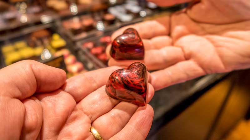 Donarch fine chocolate hand painted raspberry heart