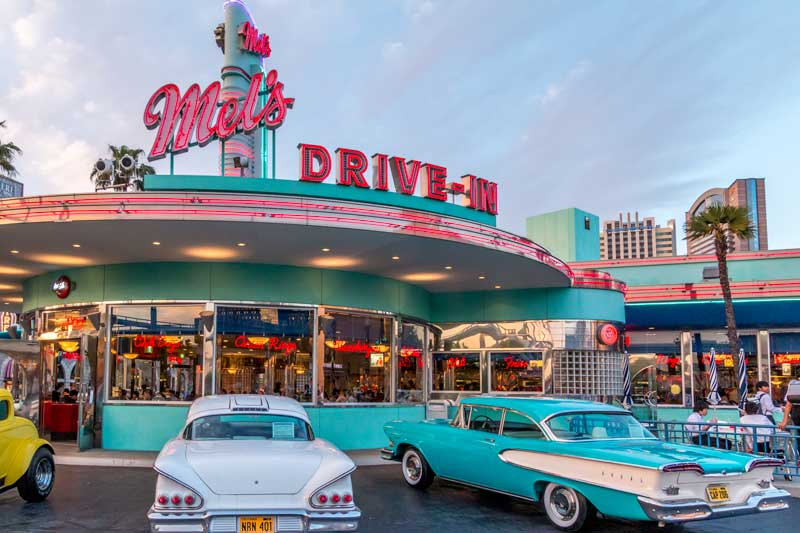 Mels drive in at Universal Studios Japan