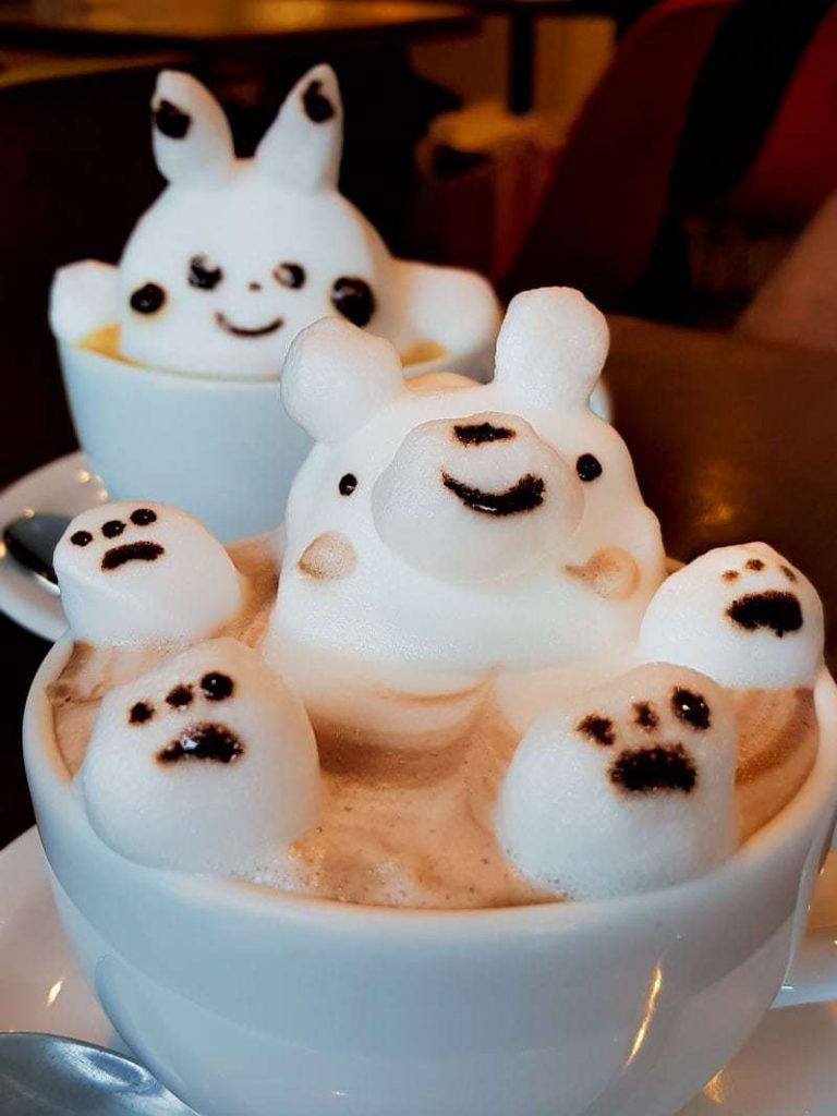 Cute 3D latte foam art at Reissue Cafe in Shibuya, Tokyo