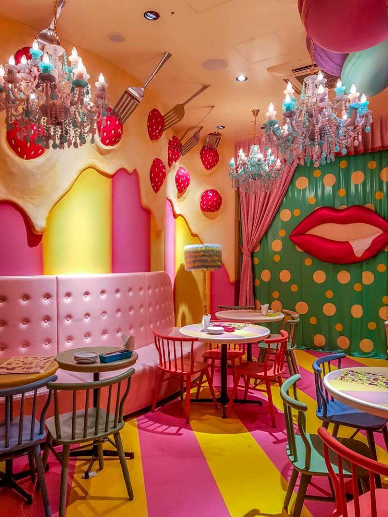 Mel-tea room at Monster Cafe
