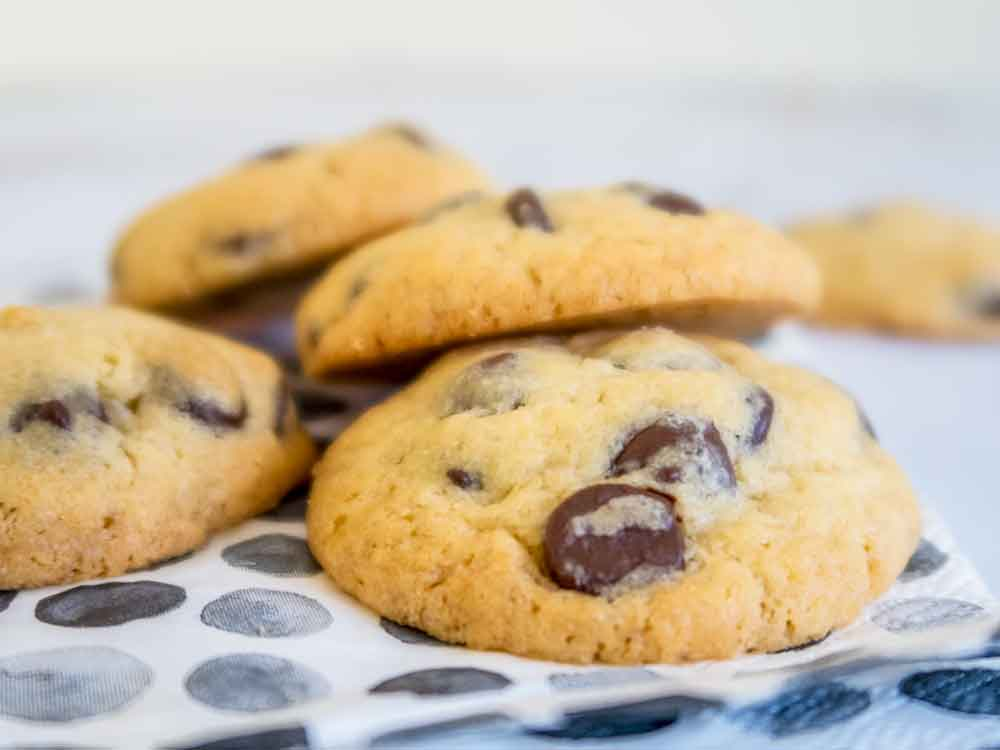 Buttery and short chocolate chip cookies